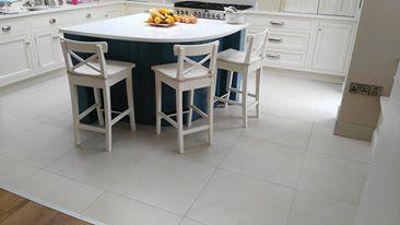Floor tiles white2